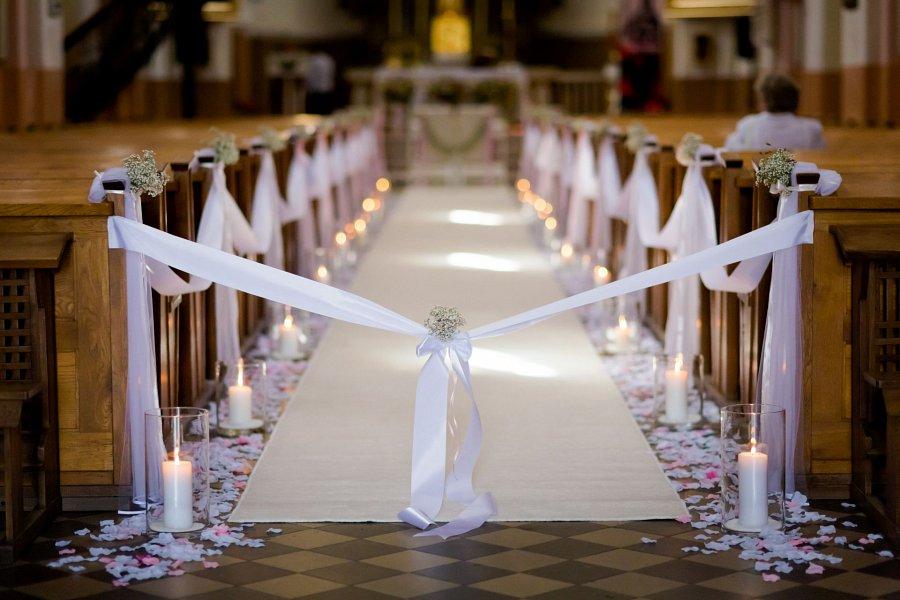 Wystrój Kościoła Na ślub Które Dekoracje Wyjdą Najlepiej Na